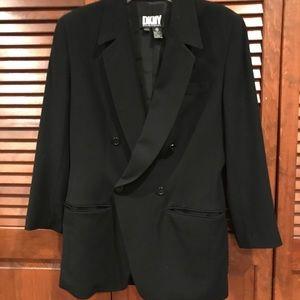 DKNY BLAZER. Black size 8.